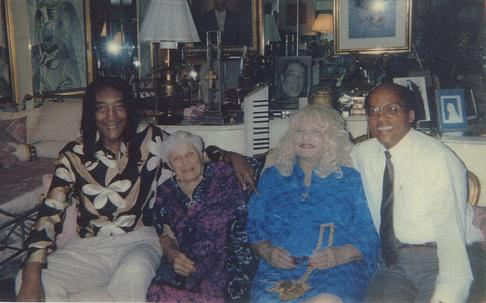 (l to r) McHenry Boatwright, Anna Cherney, Ruth & Randall in Ruth's Park Ave Apartment